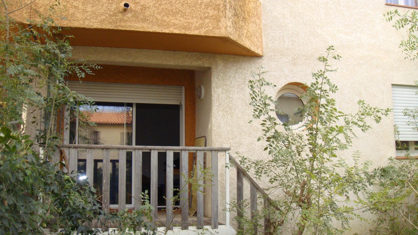 vente perpignan st gaud rique appartement t2 avec jardin. Black Bedroom Furniture Sets. Home Design Ideas